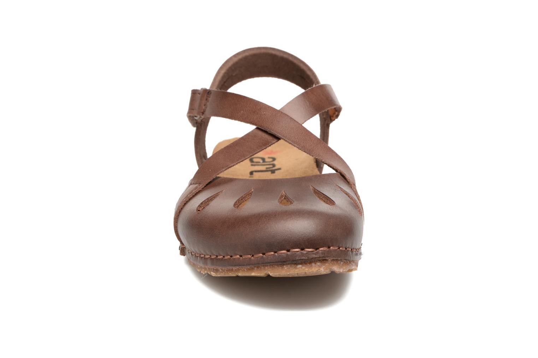 Sandali e scarpe aperte Art Creta 449 Marrone modello indossato