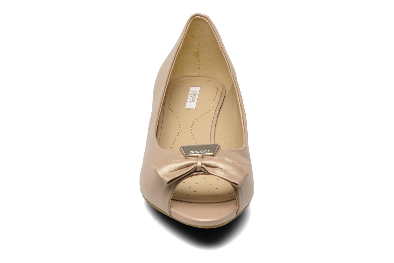 Escarpins Geox D Floralie B Beige vue portées chaussures