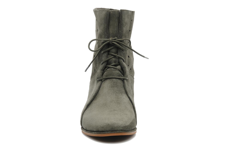 Boots en enkellaarsjes Clarks Maelie Glitter Groen model