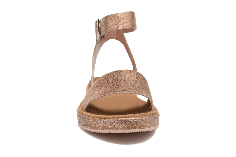 Sandales et nu-pieds Clarks Romantic Moon Rose vue portées chaussures