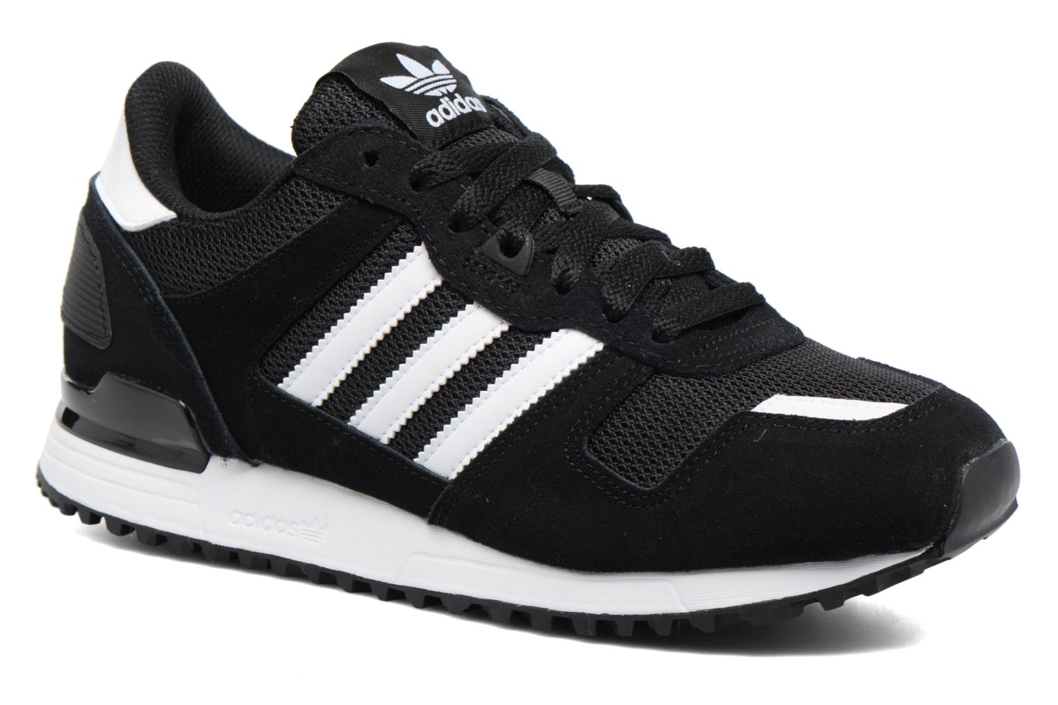 Trainers Adidas Originals Zx 700 Black detailed view/ Pair view