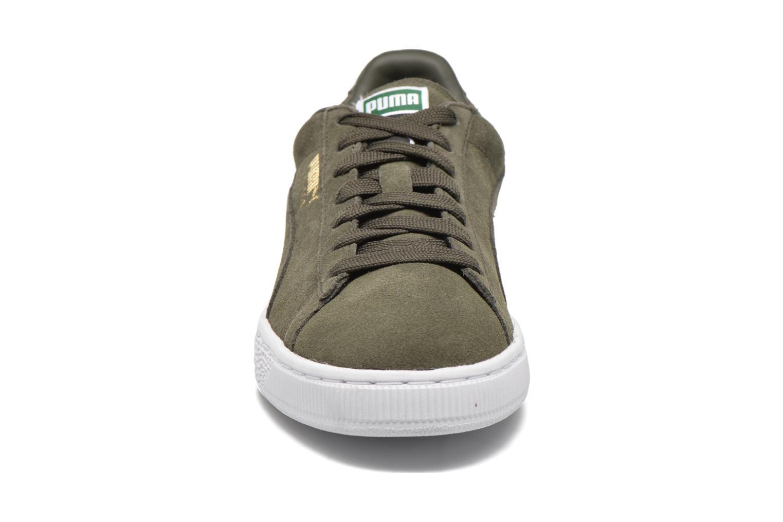Baskets Puma Suede Classic+ Vert vue portées chaussures