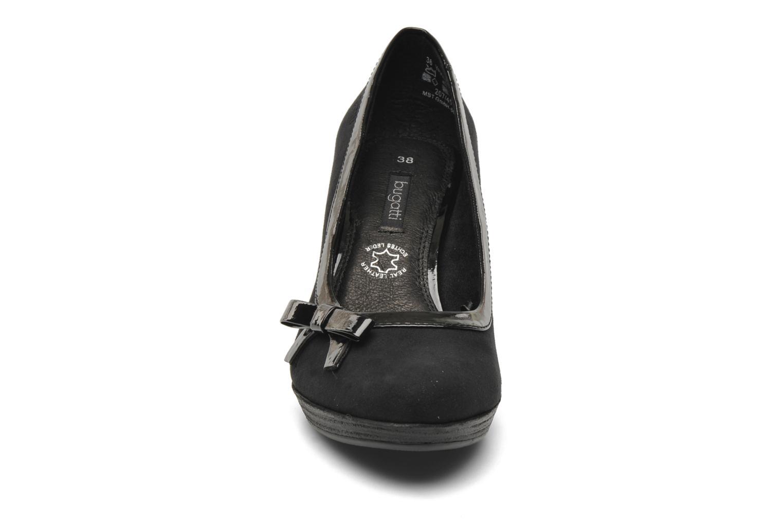 Escarpins Bugatti Isabella W6661-6V Noir vue portées chaussures