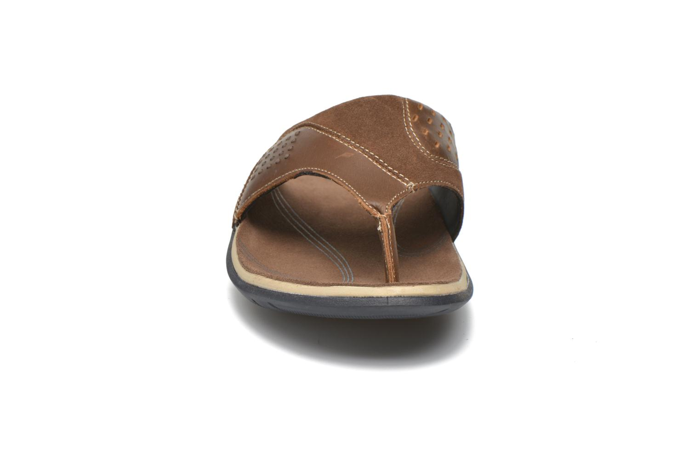 Tongs TBS Hammon Marron vue portées chaussures