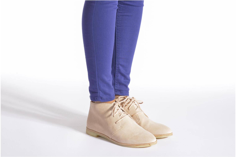 Chaussures à lacets Clarks Originals Phenia Desert Rose vue bas / vue portée sac