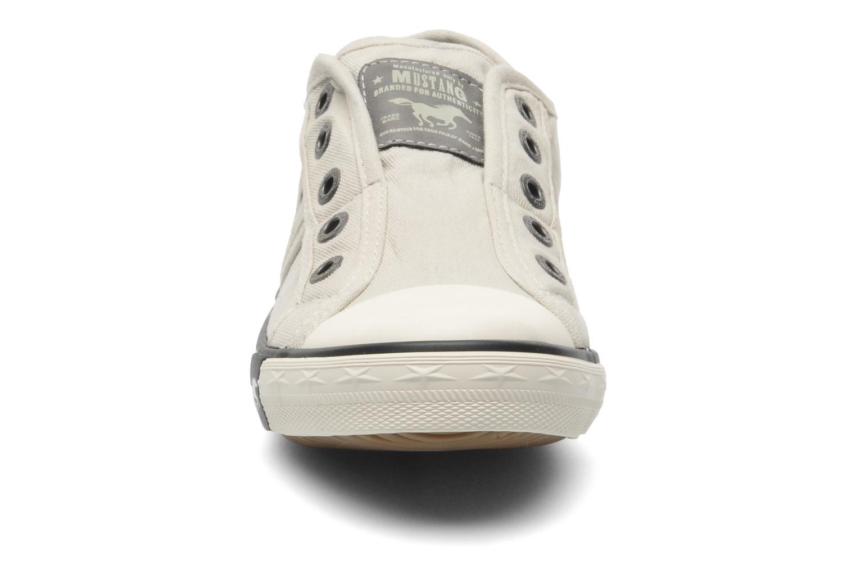 Baskets Mustang shoes Sorala Gris vue portées chaussures