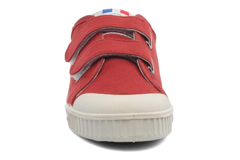 Baskets Spring Court GE1 CVS VELCRO Rouge vue portées chaussures