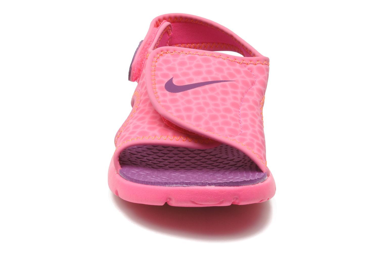 Sandali e scarpe aperte Nike SUNRAY ADJUST 4 (GSPS) Rosa modello indossato