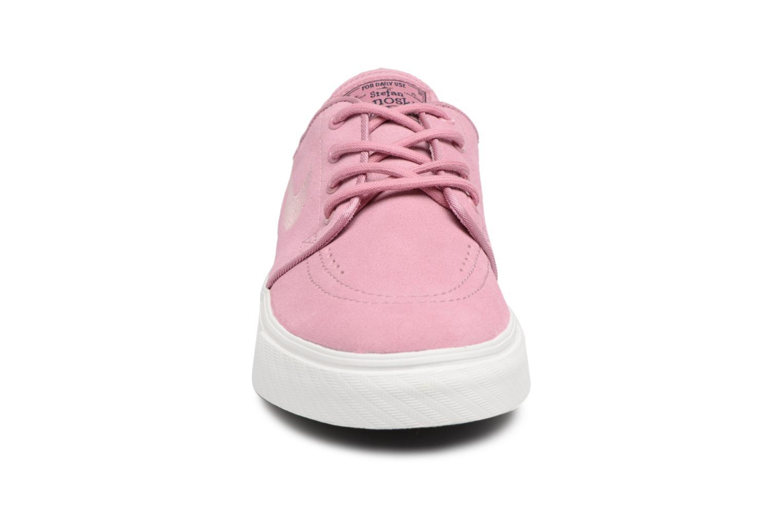 Sneakers Nike Stefan Janoski (GS) Rosa modello indossato