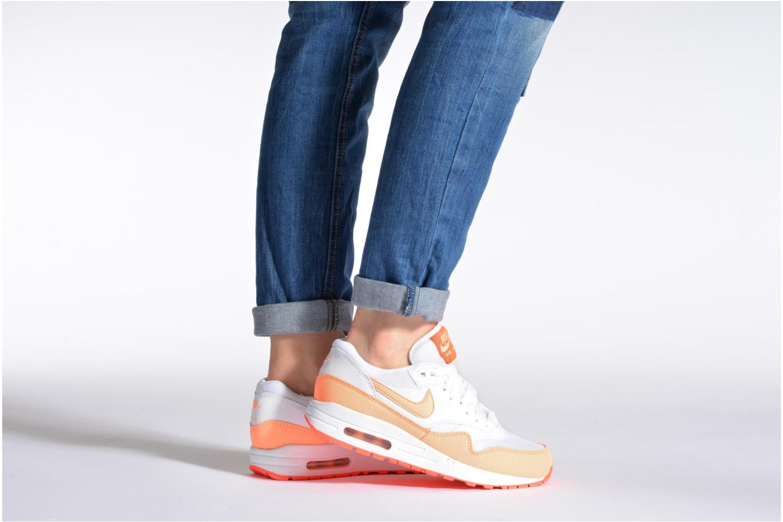 Baskets Nike Wmns Air Max 1 Essential Gris vue bas / vue portée sac