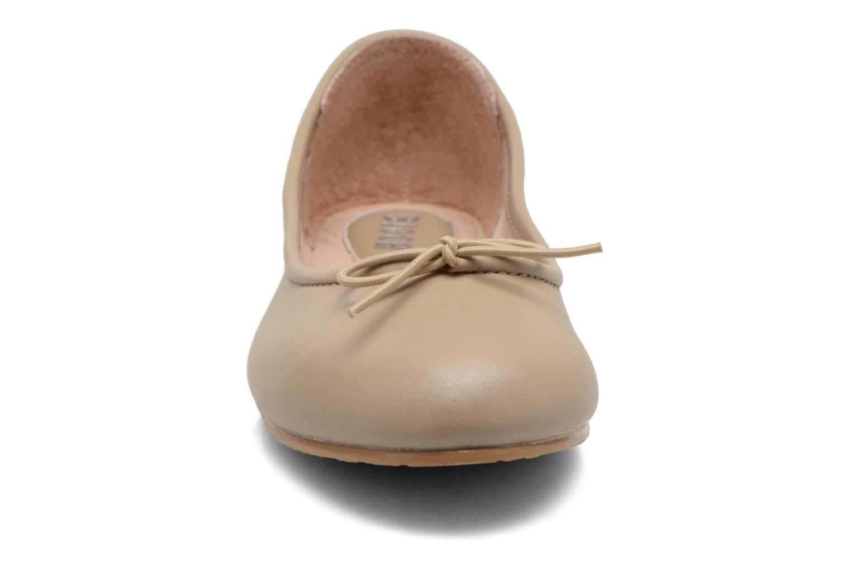 Ballerines Bloch Girls Arabella Beige vue portées chaussures