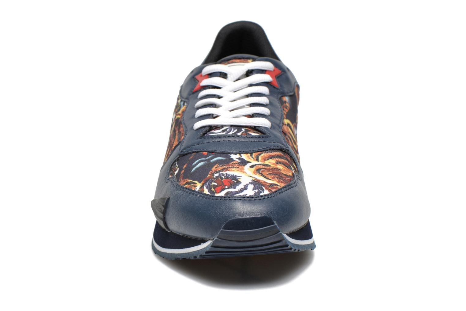 Running 65 tiger print navy