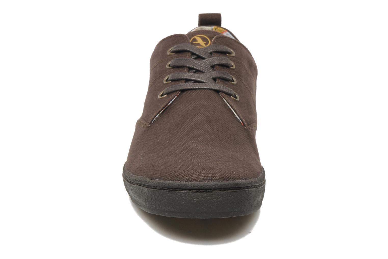 Sneaker Aigle Walden CVS braun schuhe getragen