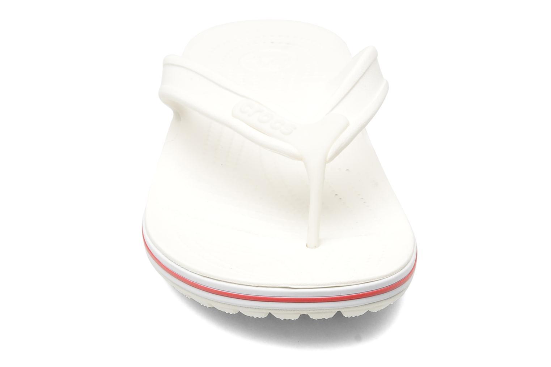 Zehensandalen Crocs Crocband Flip Low Profile weiß schuhe getragen