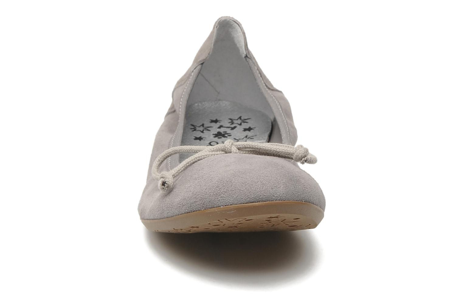 Ballerines Acebo's Daffodil Gris vue portées chaussures