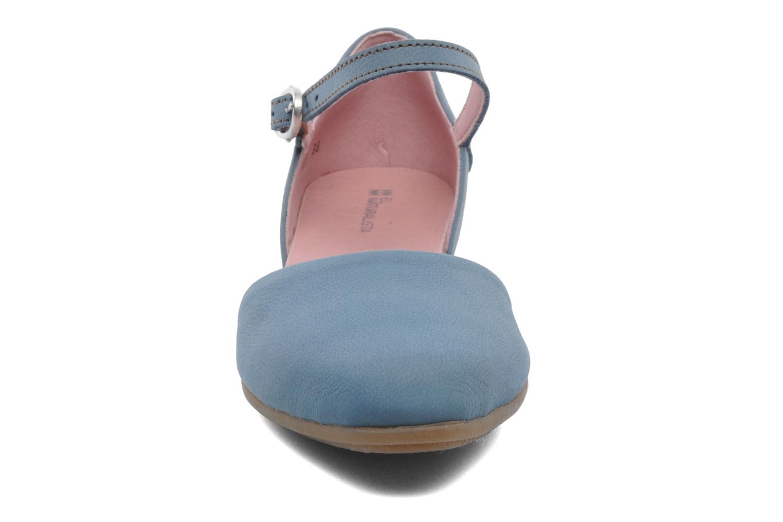 Ballerines El Naturalista Stella 033 Bleu vue portées chaussures