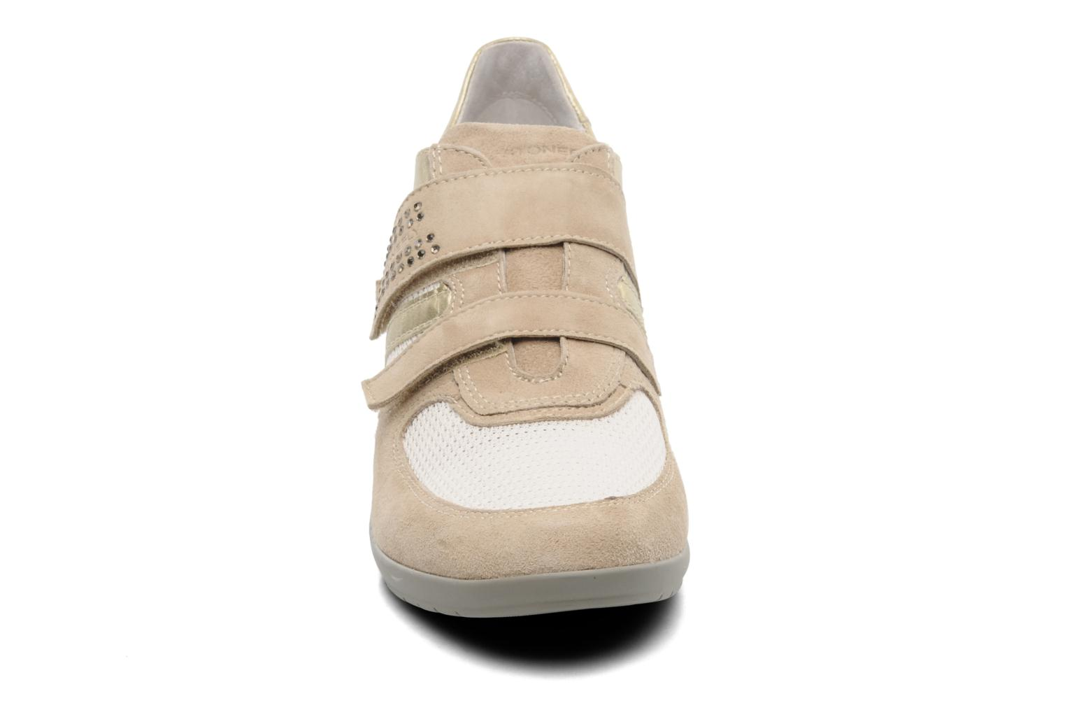 Trainers Stonefly Evoque 19 Beige model view