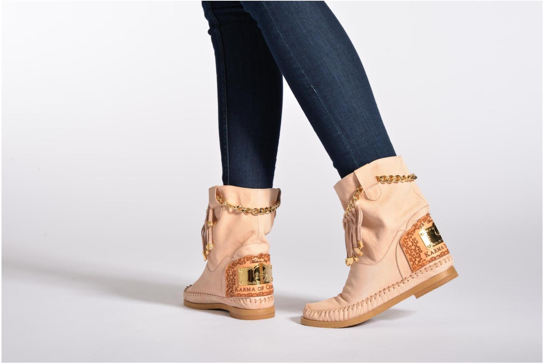 Stiefeletten & Boots Karma of Charme Dakota braun ansicht von unten / tasche getragen