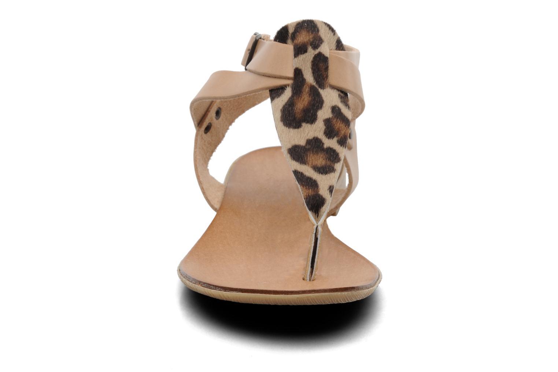 Sandales et nu-pieds Marco Tozzi Gavril Beige vue portées chaussures