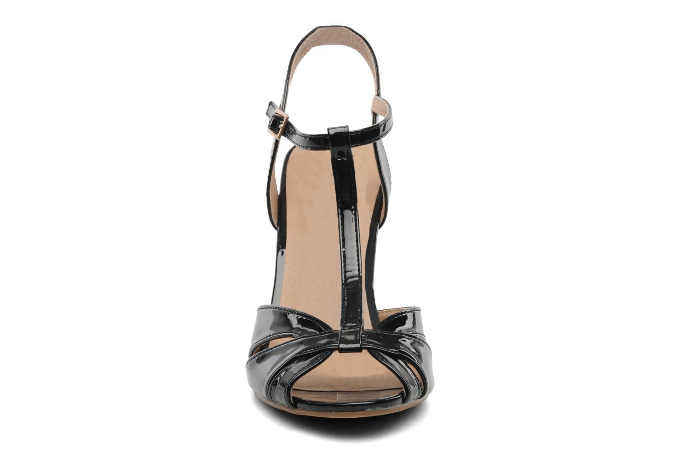 Sandales et nu-pieds Buffalo Booste Noir vue portées chaussures