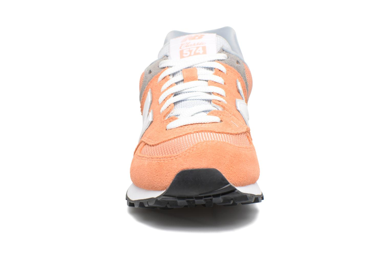 Deportivas New Balance WL574 Naranja vista del modelo