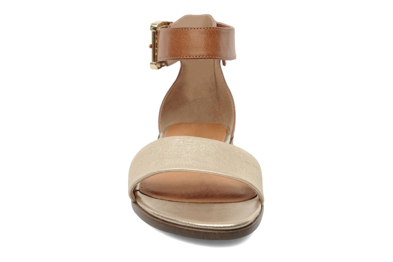 Sandales et nu-pieds Karston Soane Beige vue portées chaussures