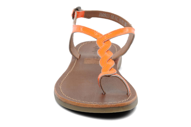Sandales et nu-pieds Kickers Djinny Orange vue portées chaussures