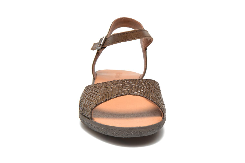Sandalen Kickers Hypsy Bruin model