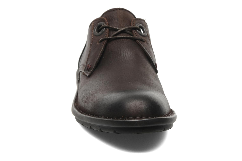 Schnürschuhe Kickers Viking braun schuhe getragen