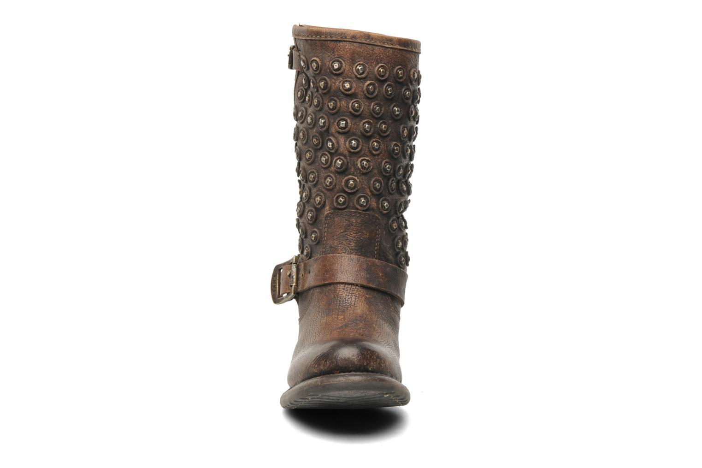 Bottines et boots Frye Vera Disc Short Marron vue portées chaussures