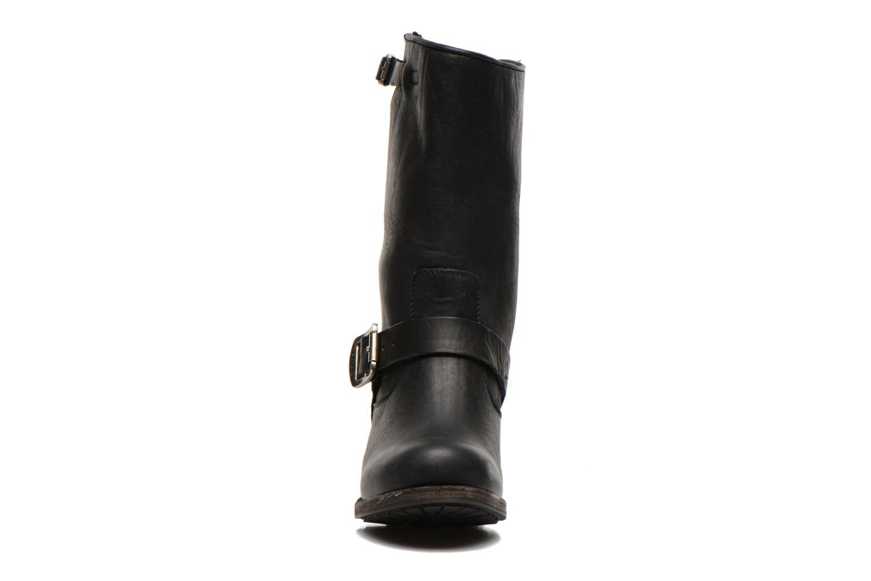 Bottines et boots Frye Vera Short Noir vue portées chaussures
