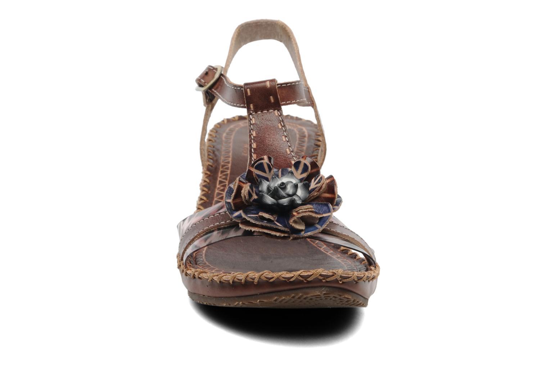 Sandales et nu-pieds Laura Vita Paradore Marron vue portées chaussures