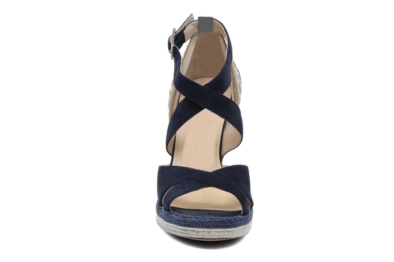 Sandalen Paloma Barcelo Mima blau schuhe getragen