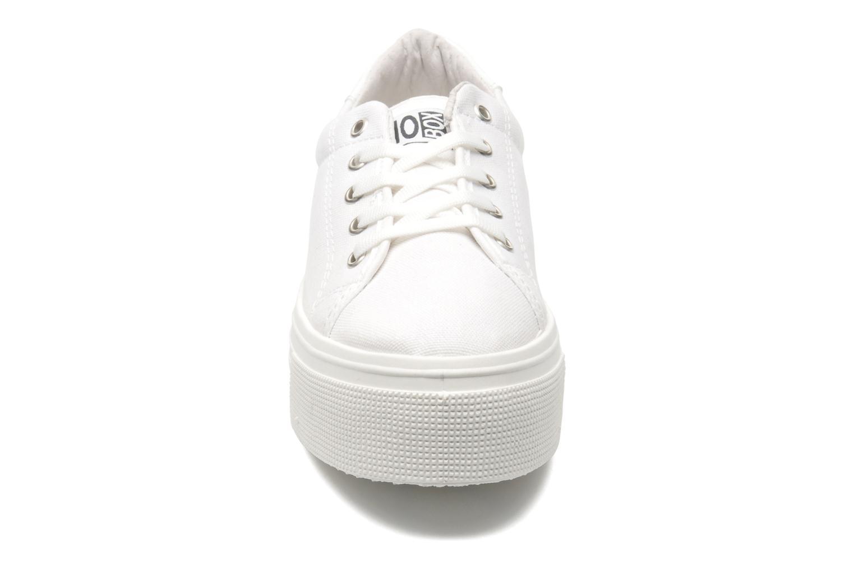 Sneaker No Box Alma weiß schuhe getragen