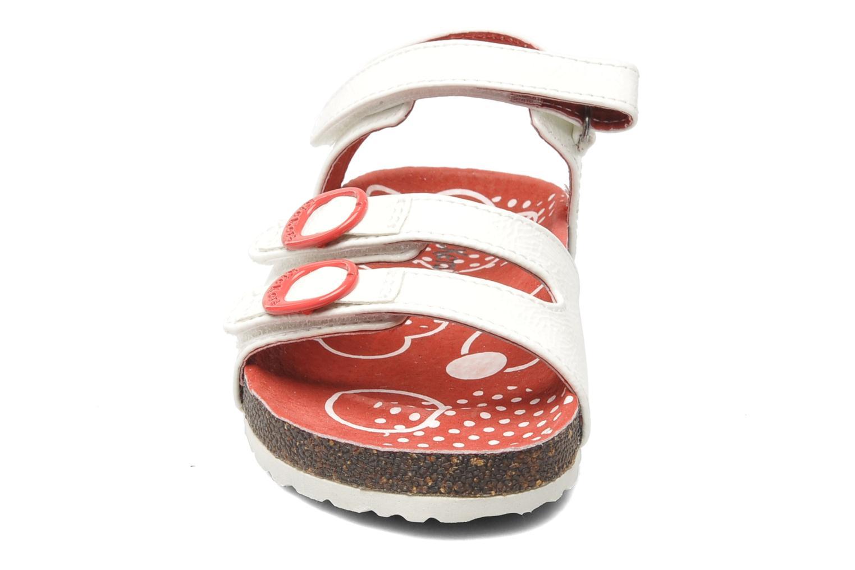 Sandalen Kickers Magipop weiß schuhe getragen