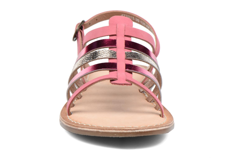 Sandaler Kickers Dixmillion Pink se skoene på