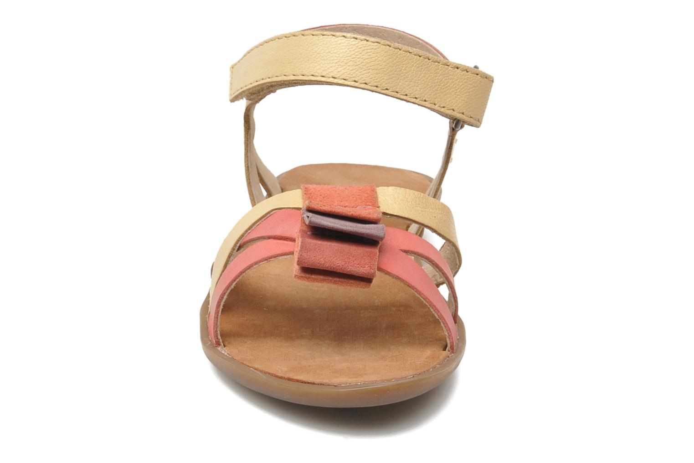 Sandales et nu-pieds Kickers Zephira E Multicolore vue portées chaussures