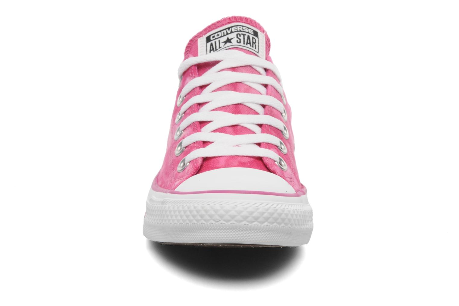 Baskets Converse Chuck Taylor All Star Tie & Dye Ox W Rose vue portées chaussures