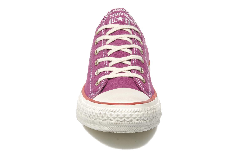 Baskets Converse Chuck Taylor All Star Well Worn Ox W Rose vue portées chaussures