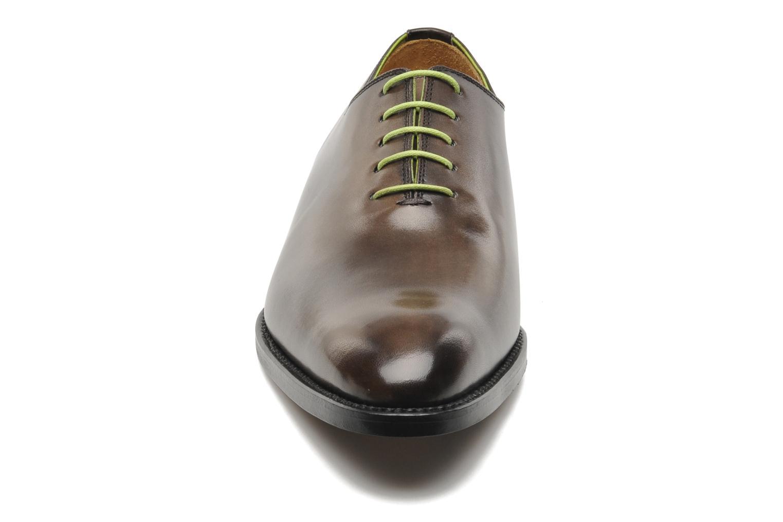 Scarpe con lacci Marvin&Co Luxe Wade - Cousu Goodyear Grigio modello indossato