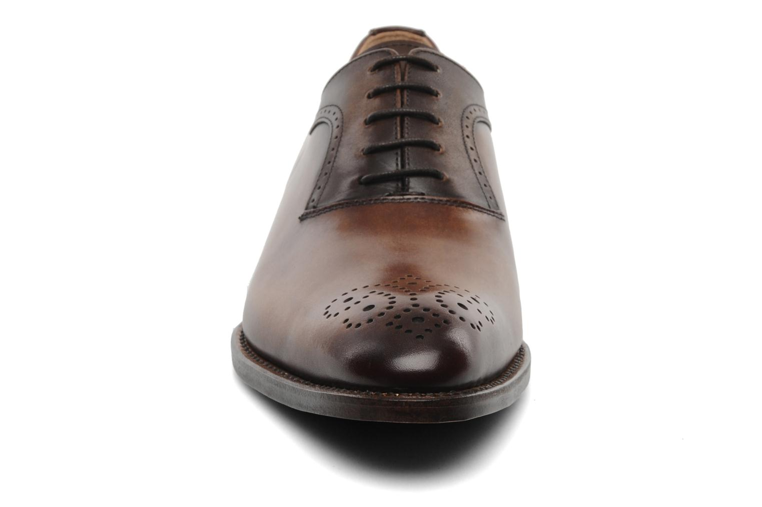 Lace-up shoes Marvin&Co Luxe Walburg - Cousu Goodyear Brown model view