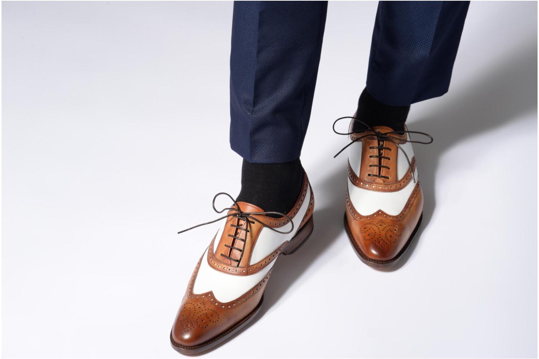 Chaussures à lacets Marvin&Co Luxe Waldemar - Cousu Goodyear Marron vue bas / vue portée sac
