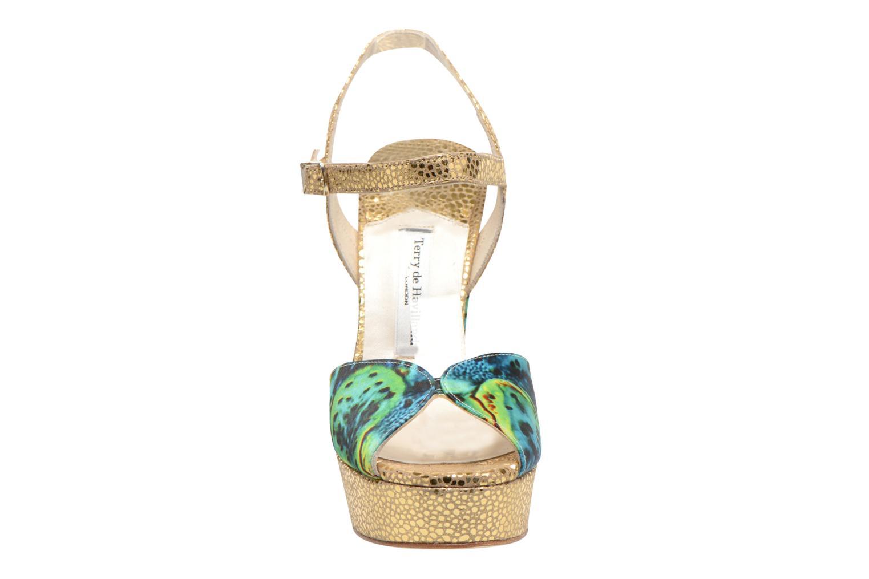 Sandalen Terry de Havilland Coco grün schuhe getragen