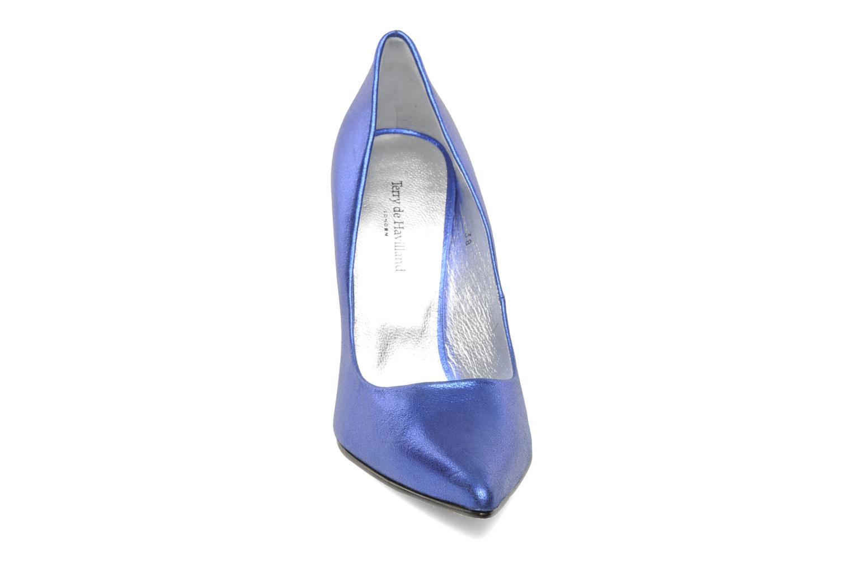 Escarpins Terry de Havilland Angelina Bleu vue portées chaussures