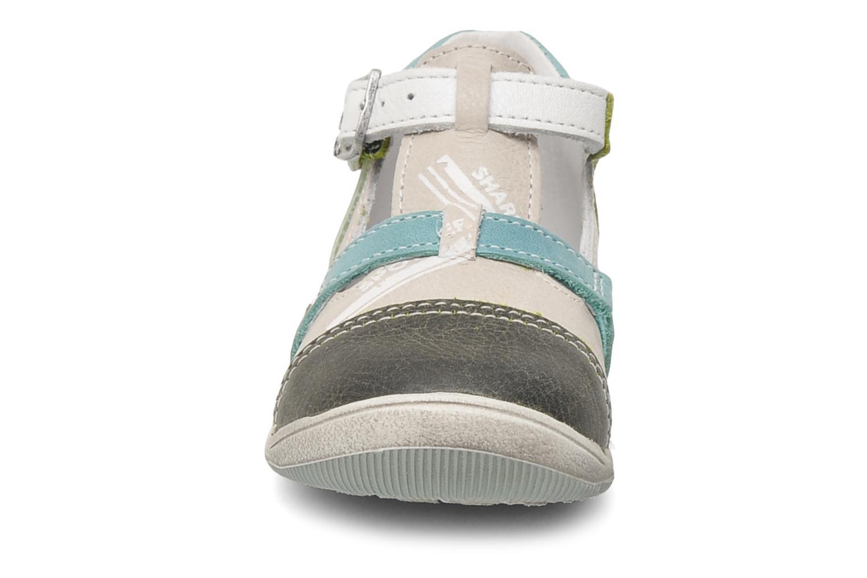 Sandalen GBB GEO grau schuhe getragen