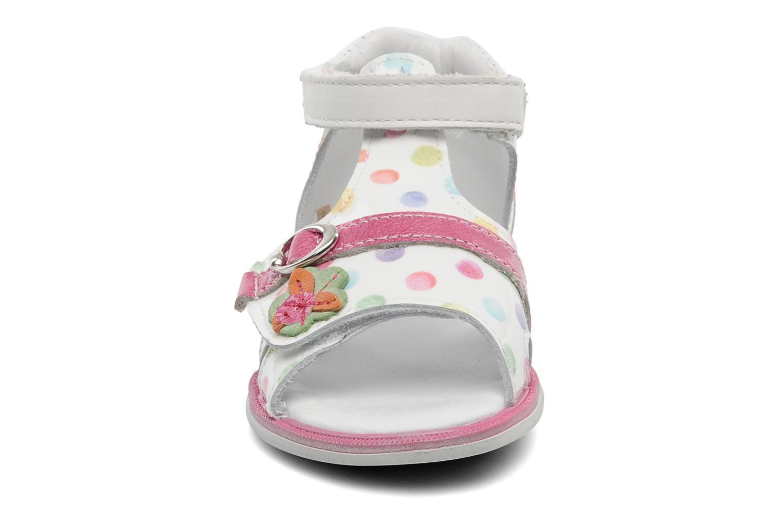Sandales et nu-pieds GBB GEORGIE Multicolore vue portées chaussures