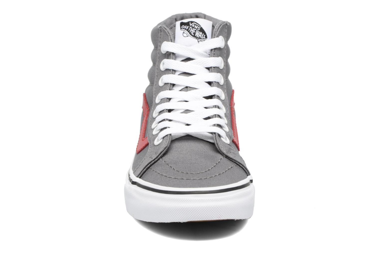 Baskets Vans Sk8-Hi Reissue W Gris vue portées chaussures