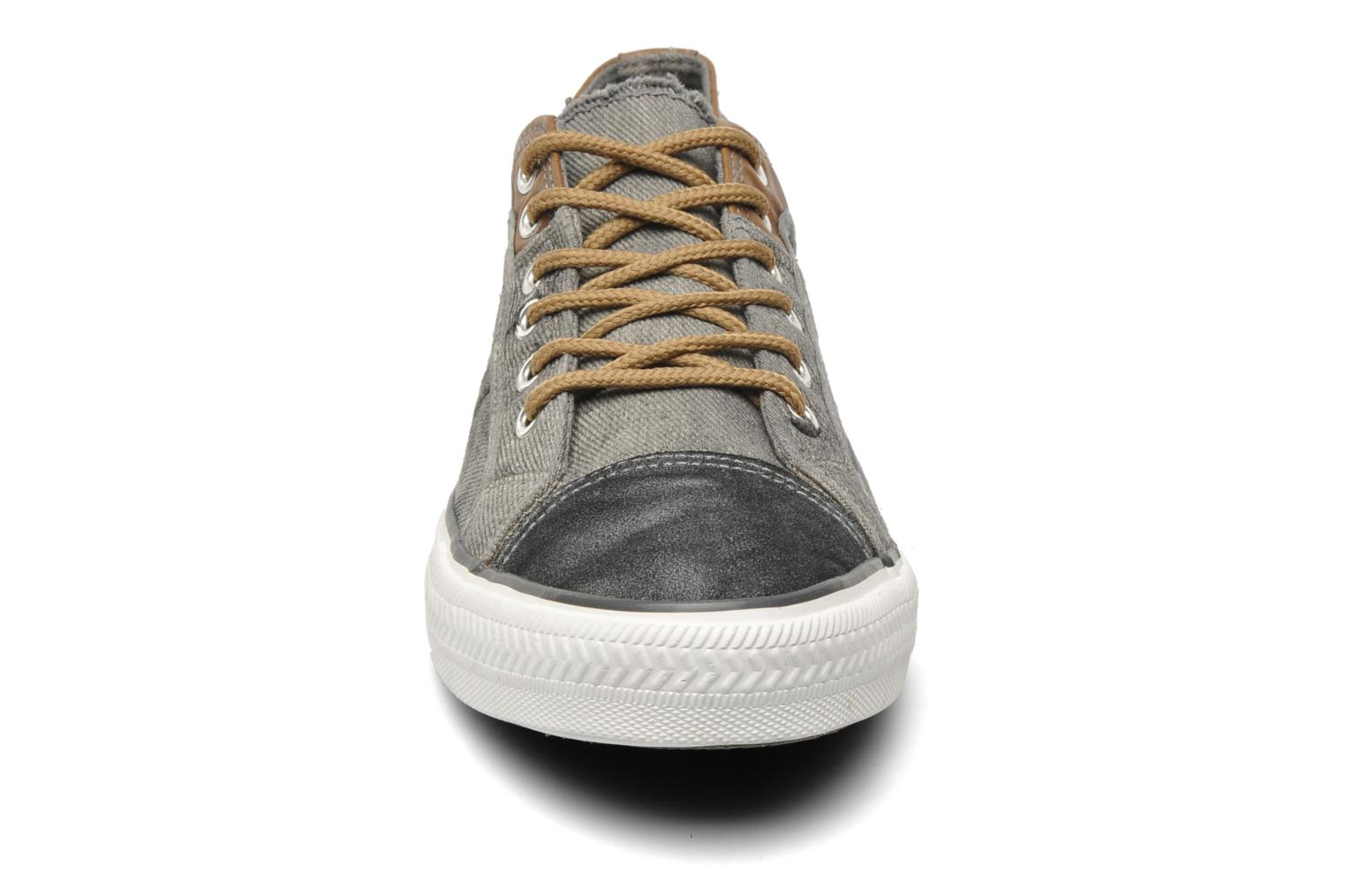 Sneakers I Love Shoes Thamanette Grijs model