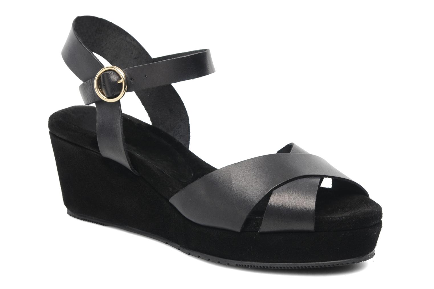 Sandals Georgia Rose Equidistant CFT Black detailed view/ Pair view