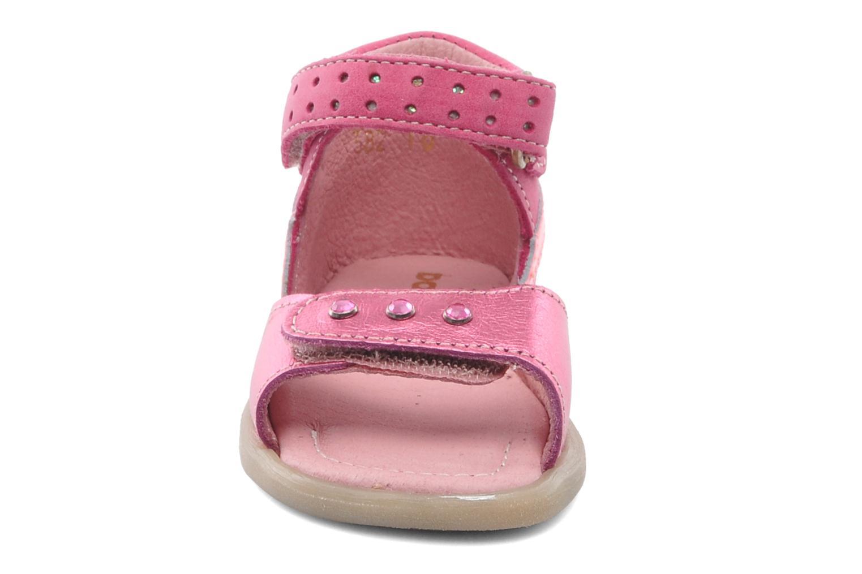 Sandalias Babybotte TZARINE Rosa vista del modelo